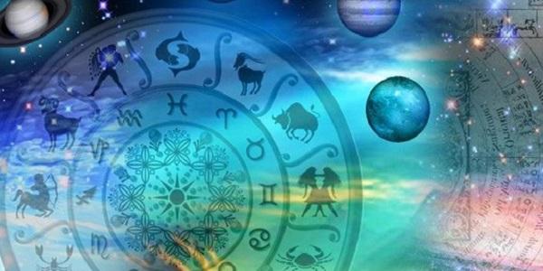 Taurus horoskop för morgondagen Gemini kvinna.